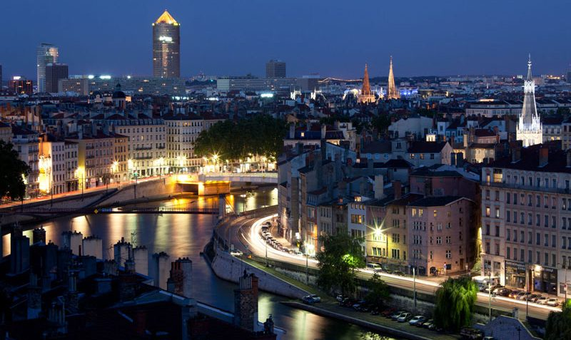 Saber más sobre Lyon Francia ·Idioma· Diferencia Horaria· Moneda